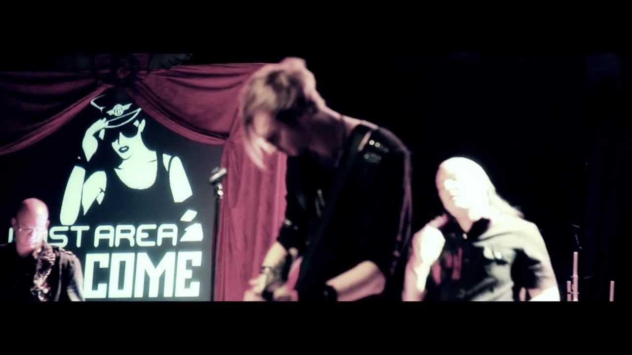 Lost Area - Crashing Down (Official Music Video)